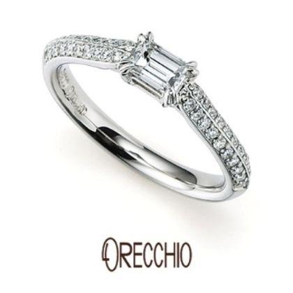 【ORECCHIO(オレッキオ)】<siena~シエナ>SE-1107 敷き詰められたメレダイヤの輝きがエレガントな婚約指輪