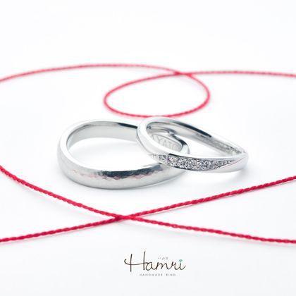 【Hamri(ハムリ)】ウェーブの手作り結婚指輪