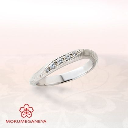 【BIJOUPIKO(ビジュピコ)】【杢目金屋】優美なカーブを描くアームが指を長く美しく見せるリング