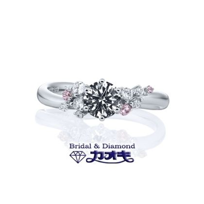 【カオキ ダイヤモンド専門卸直営店】華やかなピンクサファイアをあしらった女性の憧れリング♪