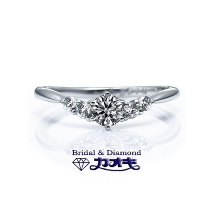 【カオキ ダイヤモンド専門卸直営店】しっかりダイヤモンドのV字リングは、豪華な中にも女性らしさ☆