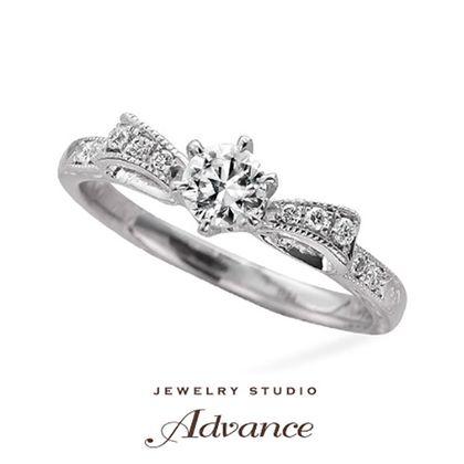 【JEWELRY STUDIO Advance(ジュエリースタジオアドバンス)】【Advance】Ribon(リボン)『キュートな花嫁の憧れリング』