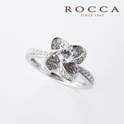 【ROCCA(ロッカ)】【ROCCA】大人なお花のデザイン!華やかなエンゲージリング