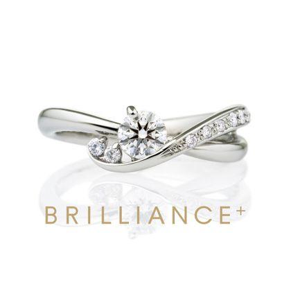 【BRILLIANCE+(ブリリアンスプラス)】PT900 クレ・ド・ソル ダイヤモンド サイドストーン リング エングレーブ 0.3ct