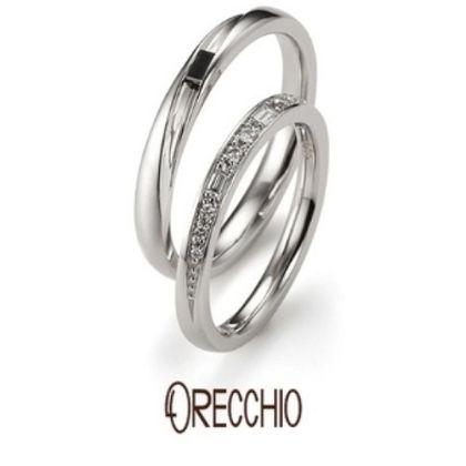 【VANillA(ヴァニラ)】タイム~輝きが違うバゲットカットとラウンドカットダイヤが交互に配置された結婚指輪