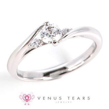 【VENUS TEARS(ヴィーナスティアーズ)】0.3ctダイヤ込価格Pt900【SSOEM3-03】