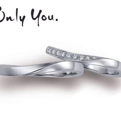 【OGAKI SASHIGEN(大垣さし源)】たゆたう波のやさしさときらめきをイメージした結婚指輪