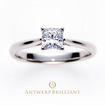 """【BRIDGE ANTWERP BRILLIANT GALLERY(ブリッジ・アントワープ・ブリリアント・ギャラリー)】""""MAJESTY"""" Princess Cut Solitaire Diamond Ring """"マジェスティ"""" ダイヤモンド プリンセスカット ソリテール ダイヤモンド リング"""