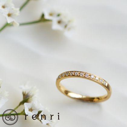 【renri(レンリ)】【手作り・オーダーメイド】華奢なゴールドのリングに光る一筋のダイヤモンドの輝き