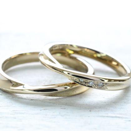 【湘南彫金工房 andfuse】【手作り結婚指輪デザインワックスコース】永遠を表すメビウスデザインにダイアを3石セッティングした18金シャンパンゴールドの手作り結婚指輪