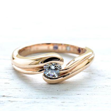 【湘南彫金工房 andfuse】【手作り婚約指輪コース】ダイアを包み込むような優しいラインの手作り婚約指輪