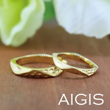 【AIGIS(旧:Jewel HAMA(ジュエルはま))】【手作り結婚指輪】ゴールド×個性的アレンジ