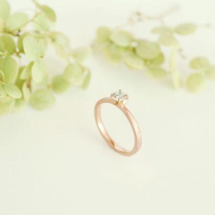 【横浜元町彫金工房】【想いを込める婚約指輪】ダイヤ・K18PG(ピンク)マット仕上げ