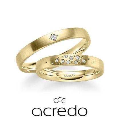 【acredo(アクレード)】ダイヤとドット柄を散りばめたスターダストデザイン