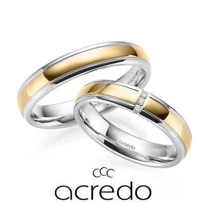 【acredo(アクレード)】ダイヤを縦にセッティングすることで上品な印象に