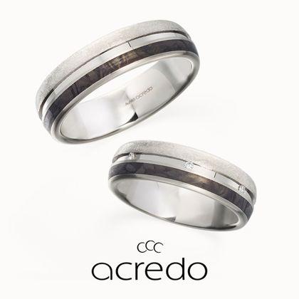 【acredo(アクレード)】【Eis-Spiegel】アイスマットのテクスチャーとカーボンブラックの組み合わせでラグジュアリーなオーラを