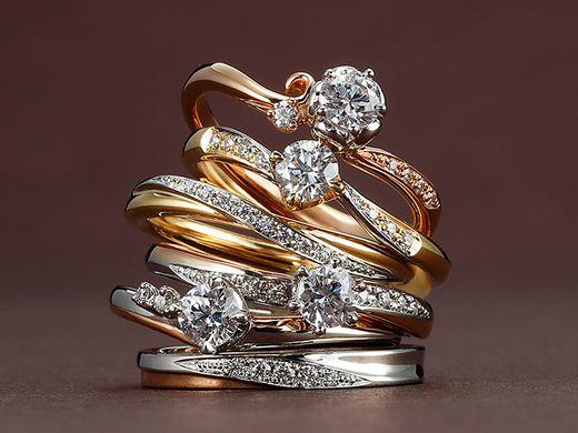AUTUMN GOLD FAIR開催中!秋にもぴったりのイエローゴールド・ピンクゴールドのリングを多数ご用意しております。ご成約でジュエリーケアキットプレゼント