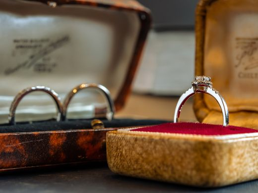 人気のプラン【婚約指輪+結婚指輪3本セット★15万円パック】は購入金額が事前に分かっているので、予算が不安なお二人にオススメ!